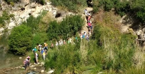 Senderistas sexitanos recorrieron al ruta de la Junta de los Ríos, en Otívar