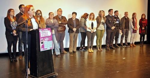 acto institucional celebrado hoy en Salobreña con motivo de la conmemoración del 'Día Internacional de la Eliminación de la Violencia contra la Mujer'