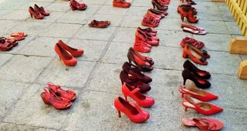 Almuñécar rindió homenaje a las víctimas de violencia de género
