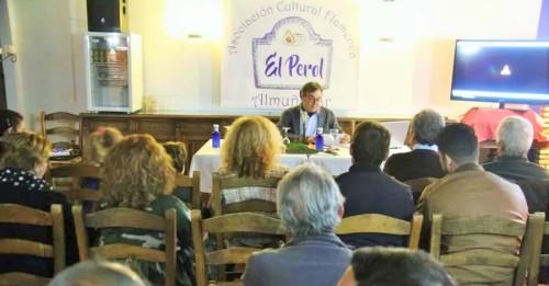 Almuñécar rindió homenaje al periodista y flamencólogo Manuel Curao