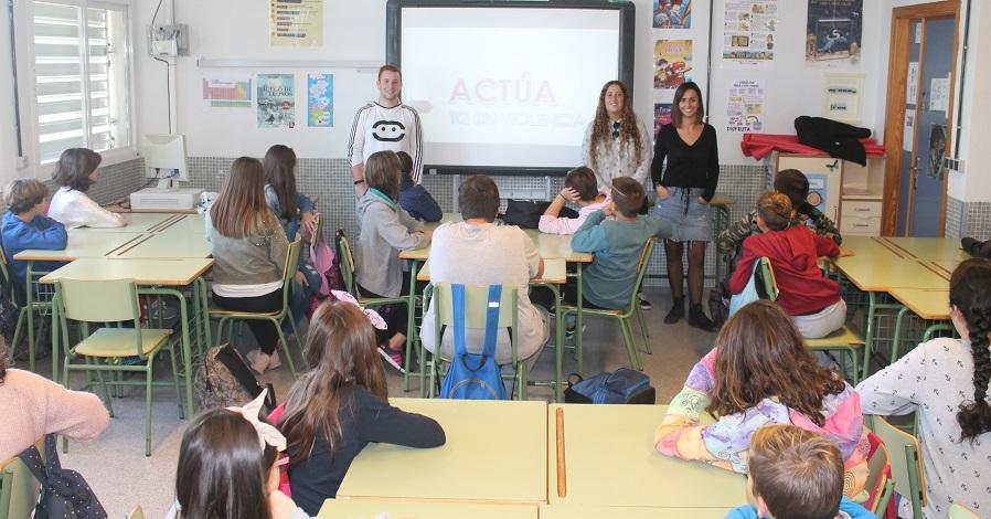 El área de Juventud y la asociación Phoenix ponen en marcha un Plan de Formación y Sensibilización