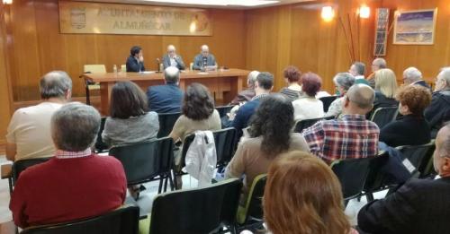 El escritor Tomás Hernández Molina presentó su poemario 'Hotel Comercio'