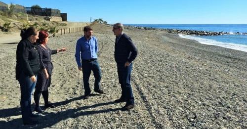 El PSOE urge al Gobierno de Rajoy la construcción de espigones en las playas de El Pozuelo y La Rábita