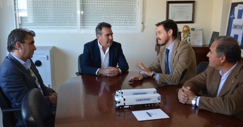 """La Junta define a la cooperativa Comotrans de Motril como uno de los """"buque insignia"""" de la economía social"""