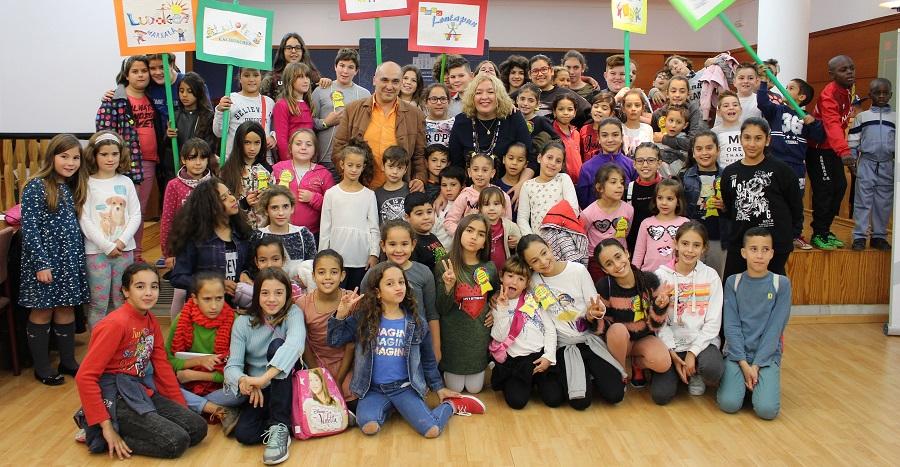 Niños participantes de la Red Municipal de Ludotecas celebran el Día Intl. del Niño