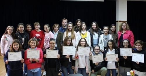 Casi una decena de alumnos y alumnas del IES La Zafra reciben el diploma de Mediadores para la Convivencia