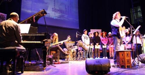 El Calderón acogió el concierto 'Las Sin Sombrero_ de Paco Damas, homenaje a las poetisas de la Generación del 27