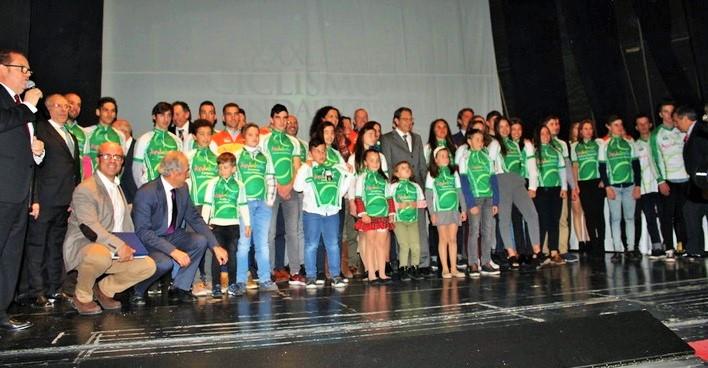 Galardón para el Club Ciclista Almuñécar en la Gala del Ciclismo Andaluz