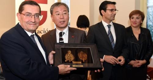 Granada busca apoyos internacionales para albergar el acelerador de partículas_