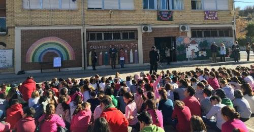 La comunidad educativa granadina rinde homenaje a la Generación del 27 para celebrar el Día de la Lectura