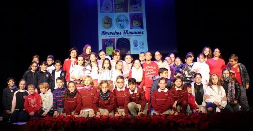 Niños y niñas de Primaria de celebran el Día de los Derechos Humanos