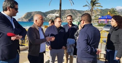 Sergio García visita en Almuñécar y La Herradura las obras de Mancomunidad