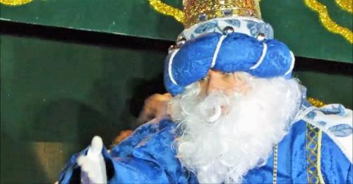 Cientos de sexitanos salieron a la calle para recibir a los Reyes Magos