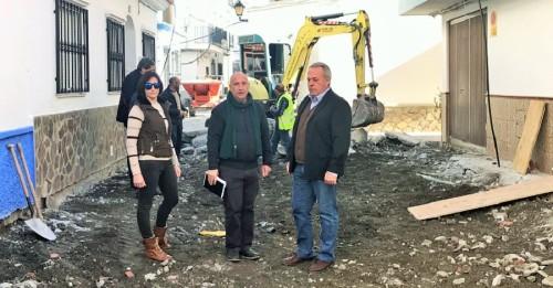 El presidente de la Mancomunidad visita las obras de Polopos-La Mamola