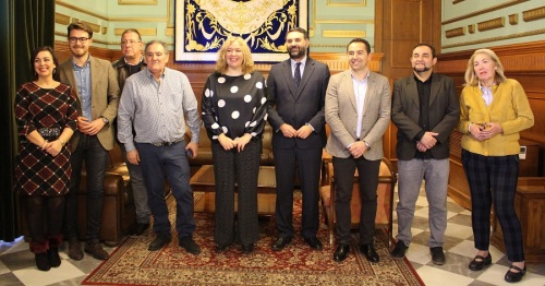Fernández anuncia la continuidad del Plan de Acción de la Costa Tropical tras los buenos resultados turísticos de 2017