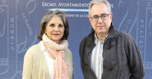 Francisco Ruiz junto a la Hermana Mayor de la Cofradía de Nuestra Señora de la Cabeza, María José Garrido