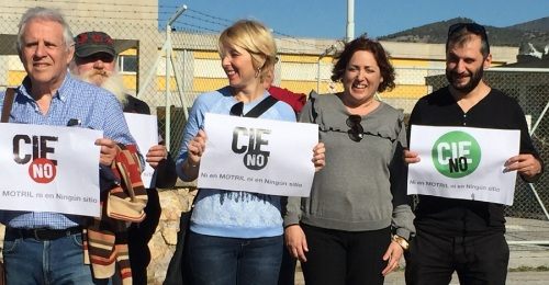 IU y colectivos sociales rechazan que el EVA-9 se utilice como Centro de Internamiento de Inmigrantes