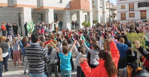 Varios centros escolares de Salobreña se unen para celebrar el Día de la Paz