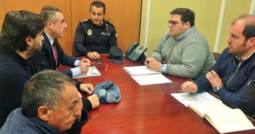 Ayuntamiento y Agrupación de Cofradías de Semana Santa de Almuñécar analizan los recorridos procesionales