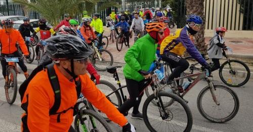Buena participación en la II Ruta Cicloturista Solidaria MTB de Almuñécar