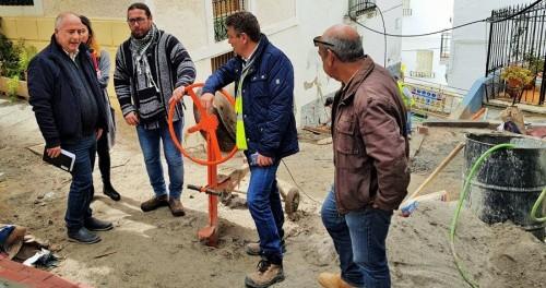 El presidente de la Mancomunidad, Sergio García, visita obras del ente en Jete.jpg