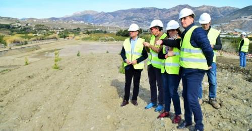 La Junta desarrolla trabajos de limpieza en cauces de Salobreña, Jete y Almuñécar para evitar inundaciones