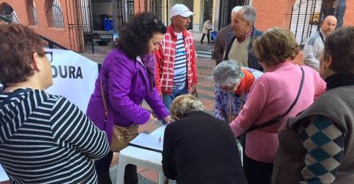 Los Andalucistas sexitanos recogen 1500 firmas para que el Servicio Andaluz de Salud cumpla con el convenio de 2004
