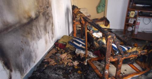 Los Bomberos de Almuñécar rescatan a dos personas mayores afectas por un incendio en una vivienda.png