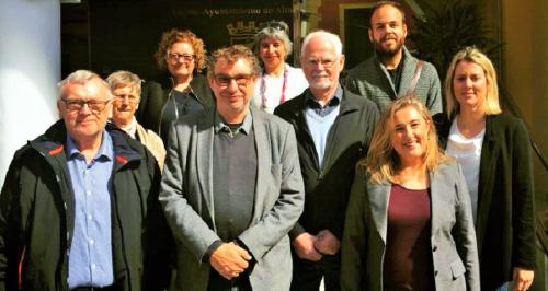 Un grupo de socialistas daneses visitan a sus colegas de Almuñécar