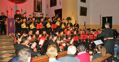 El I Concierto de Marchas Procesionales llenó de publico la iglesia de Almuñécar