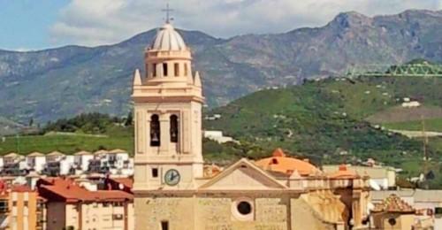 Iglesia de la Encarnación de Almuñécar.jpg