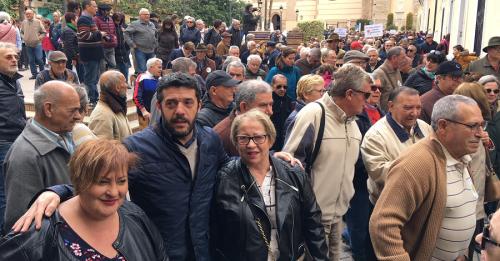Miles de personas reclaman en Motril unas pensiones dignas.png