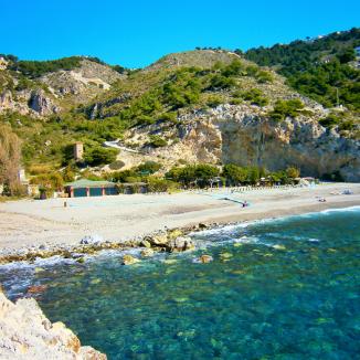 Playa de Cantarriján 2