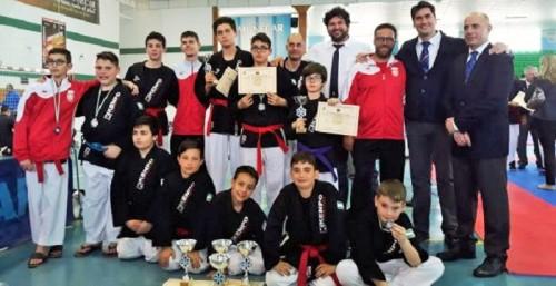 13 metales para los kenpocas sexitanos en el Campeonato de España Infantil 2018