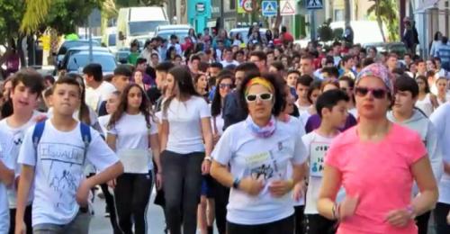 Cientos de jóvenes participaron en la Carrera por la Igualdad