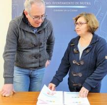 El edil de Educación, Mercedes Sánchez junto a al concejal de Cultura, Francisco Ruiz