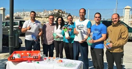 El personal de la piscina municipal de Salobreña se forma en oxigenoterapia