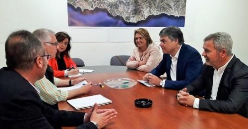 El PP y Regantes se reúnen para conocer los avances de las Conducciones de Rules.jpg