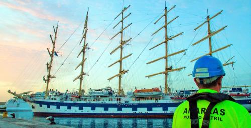 El Puerto de Motril acogerá este viernes tres cruceros de forma simultánea.png
