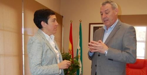 La directora de la Agencia de Puertos de Andalucía se compromete a impulsar el área logística de Motril