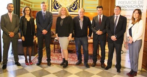Premio de Innovación Agroalimentaria para investigadores, agricultores y empleados del Grupo La Caña.jpg