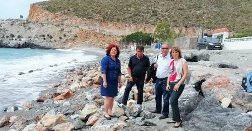 El PSOE urge al Gobierno que confirme el plan para adecentar las playas de Castell de Ferro
