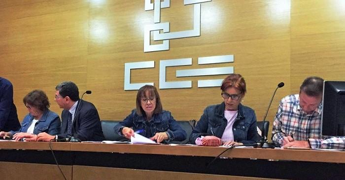 Firmado el Convenio de Comercio que da cobertura a 12 mil personas en la provincia de Granada.jpg