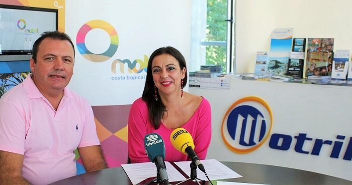 Foto de archivo de la teniente de alcalde responsable de Turismo y Pesca Alicia Crespo con Javier Dominguez.jpg
