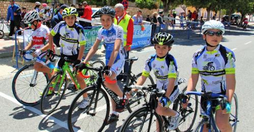 Las mejores escuelas del ciclismo andaluz se coronaron en Almuñécar.png