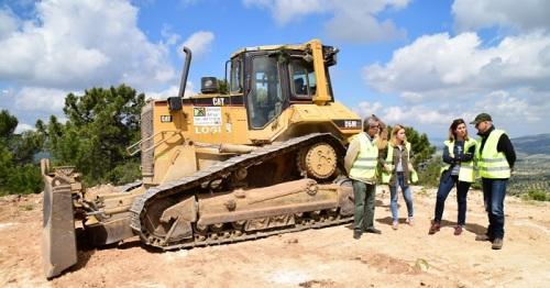 Medio Ambiente realiza trabajos preventivos en unas 1.300 hectáreas de cortafuegos.jpg