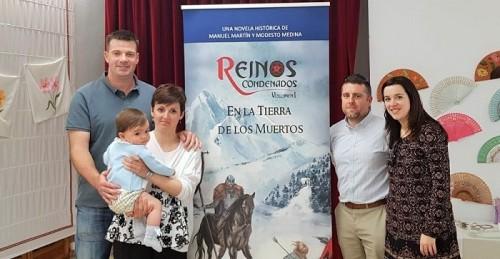 Salobreña acogió la presentación de la novela histórica Reinos Condenados - En la Tierra de los Muertos