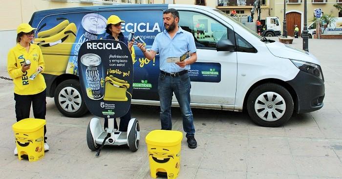 Segunda parada en Motril de la campaña Recicla y Respira de Ecoembes