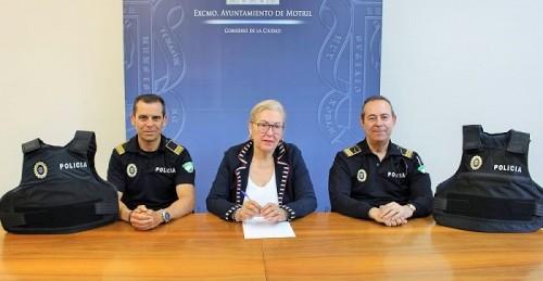 Seguridad Ciudadana dota a los agentes de la Policía Local de chaleco antibalas
