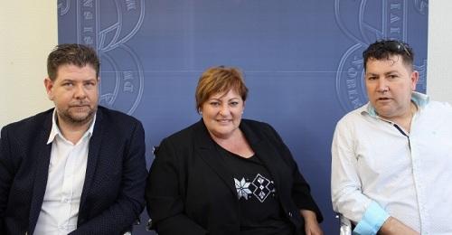Susana Feixas, Carlos Romero (izq) y y Cecilio Cabrera en la presentación de las fiestas de Puntalón